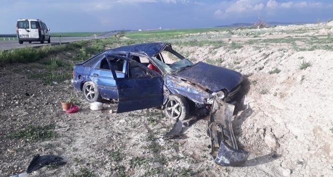 Otomobil takla attı, aynı aileden 7 kişi yaralandı