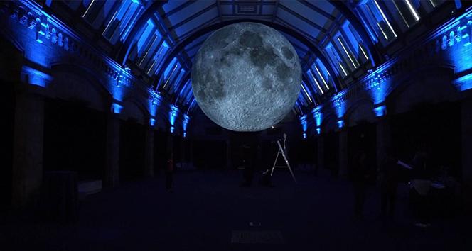 İngiliz sanatçının 'Ay Müzesi' Londra'da