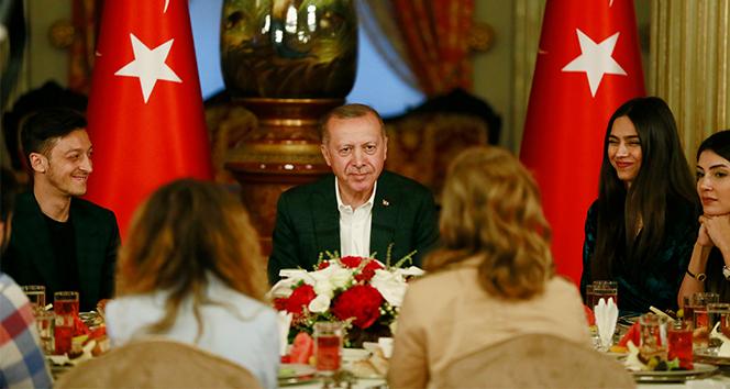 Cumhurbaşkanı Erdoğan: '82 milyon benim vatandaşımdır, kardeşimdir'
