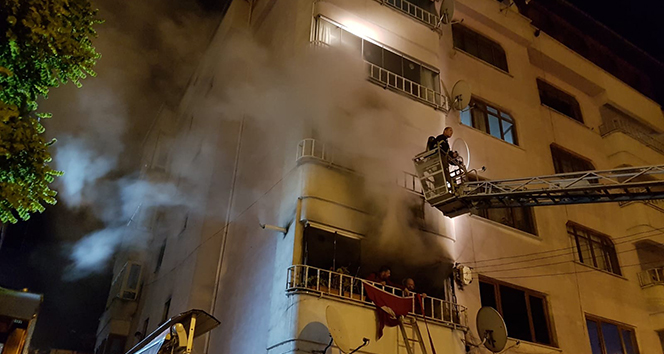5 katlı apartmanda yangın: 3'ü çocuk 14 yaralı
