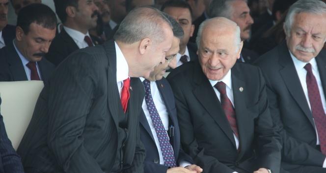 Cumhurbaşkanı Erdoğan ve Bahçeli arasında sıcak sohbet
