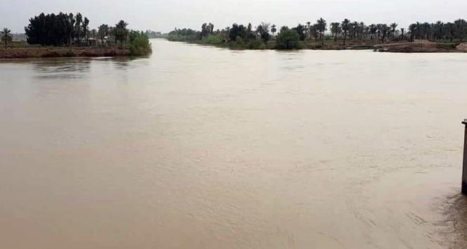 İran'da son iki haftanın sel bilançosu: 20 ölü, 37 yaralı