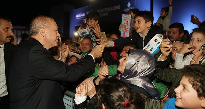 Cumhurbaşkanı Erdoğan, İBB'nin Yenikapı etkinlik alanını ziyaret etti