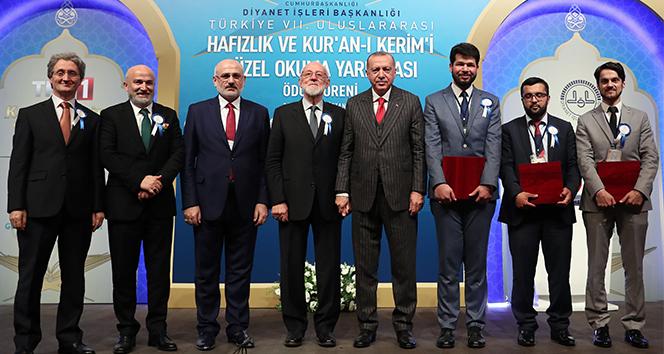 Cumhurbaşkanı, Hafızlık ve Kur'an-ı Kerim'i Güzel Okuma Yarışma ödül törenine katıldı