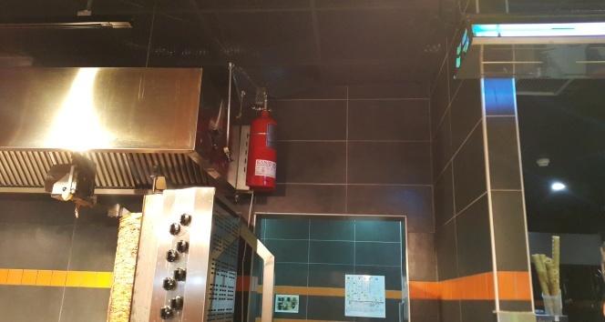 İftar vakti restoranda yangın tüpü patladı: 1 ağır yaralı