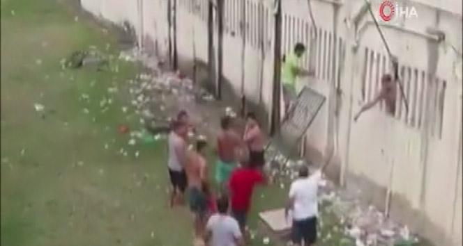 Brezilya'da cezaevinde kanlı isyan: En az 15 ölü