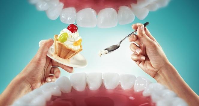 Bayram sofralarından sonra dişlere dikkat