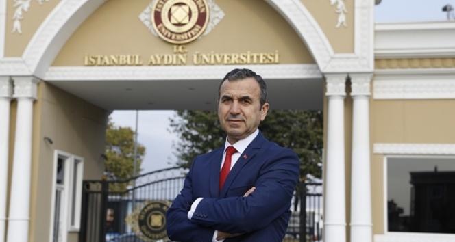 """Dr. Naim Babüroğlu:""""NATO'da söz hakkı bulunmayan Türkiye Doğu Akdeniz'deki çıkarlarını koruyamaz"""""""