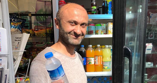 Büfeci, arkadaşının bıraktığı alkol dolu şişeyi su diye satmış