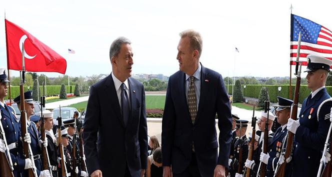Bakan Akar, ABD Savunma Bakan Vekili ile görüştü