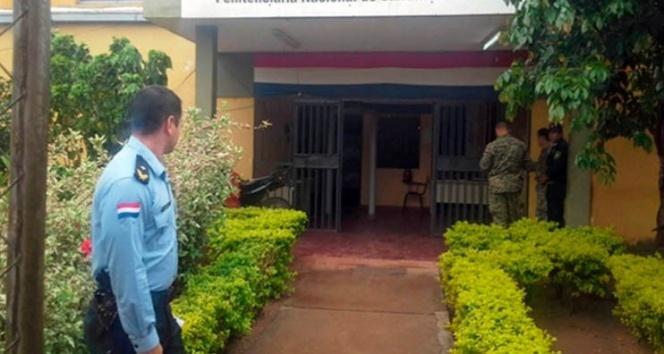 Paraguay'da cezaevinde çeteler çatıştı: En az 10 ölü