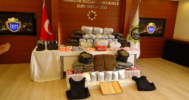 Uyuşturucu tacirlerinin 'tatil' planına İstanbul polisinden darbe