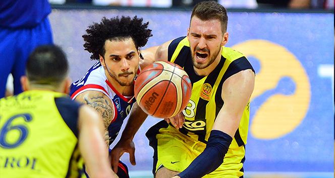 Seride durum yine eşitlendi : Fenerbahçe Beko: 85 - Anadolu Efes: 69