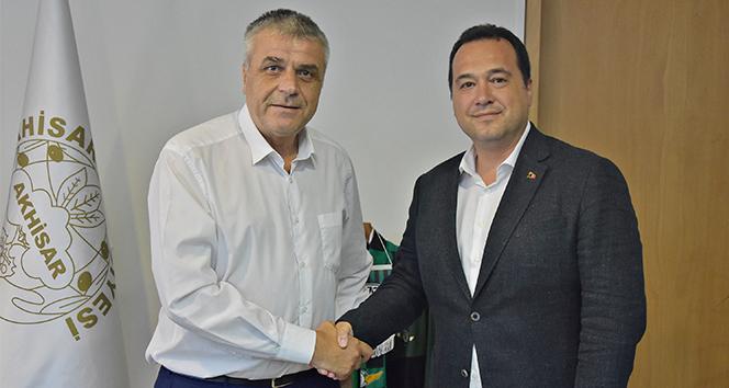 Akhisarspor'un geleceği için iki başkan el sıkıştı