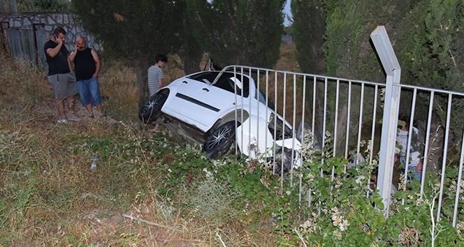Şarampole yuvarlanan otomobildekiler kaza anını böyle kaydettiler