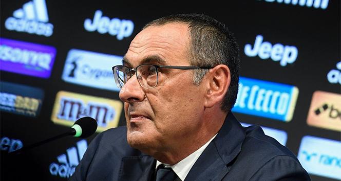 Juventus'ta Maurizio Sarri resmi imzayı attı