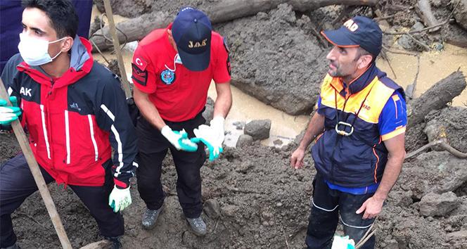 Trabzon Araklı'daki selde ölü sayısı 8'e yükseldi