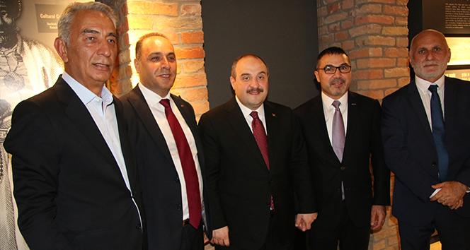 Sanayi ve Teknoloji Bakanı Varank, Macaristan'da