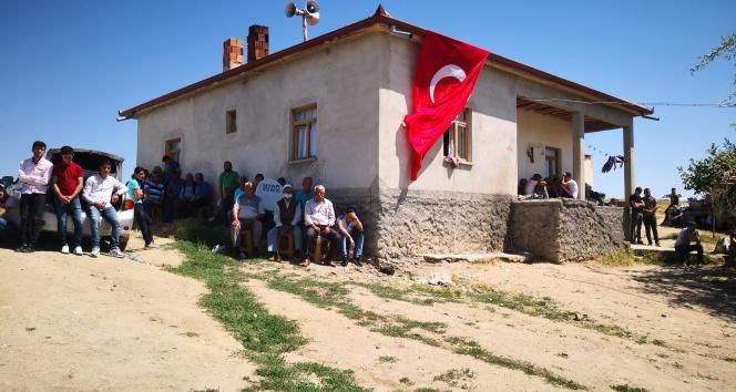 Aksaray'a şehit ateşi düştü! Uzman Onbaşı Mikail Candan