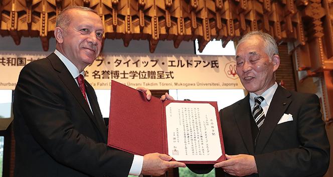 Cumhurbaşkanı Erdoğan'a Japonya'da fahri doktora unvanı verildi