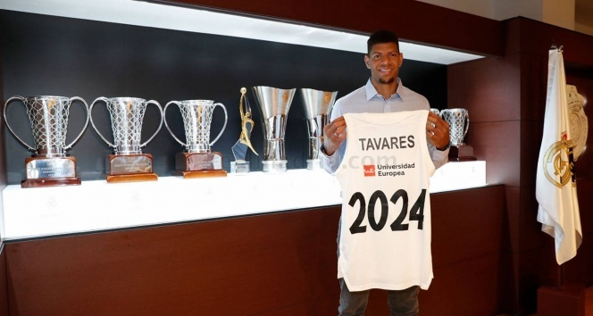 Real Madrid, Walter Tavares'in sözleşmesini 2024 yılına zattı