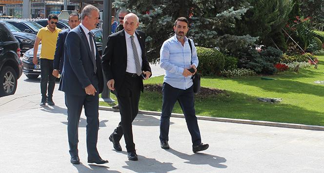 Cumhurbaşkanı Erdoğan AK Parti milletvekilleriyle kahvaltıda buluştu