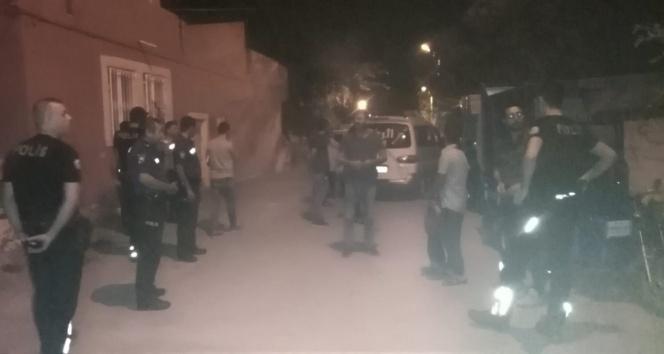 İki grup arasındaki kavgayı polis ayırdı