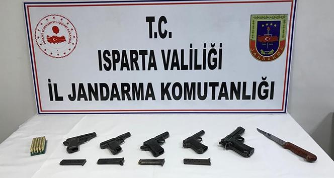 Isparta'da yasa dışı silah satışına jandarma baskını: 2 gözaltı