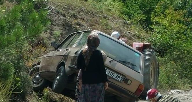 Frenleri boşalan otomobilin altında can verdi