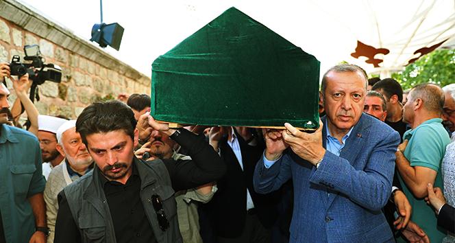 Gazeteci yazar Mehmet Şevket Eygi son yolculuğuna uğurlandı