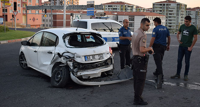 Malatya'da trafik kazası: 1'i ağır 2 yaralı