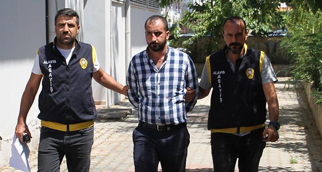 Bıçaklı kavgada 1 kişinin ölümüne neden olan şüpheli tutuklandı