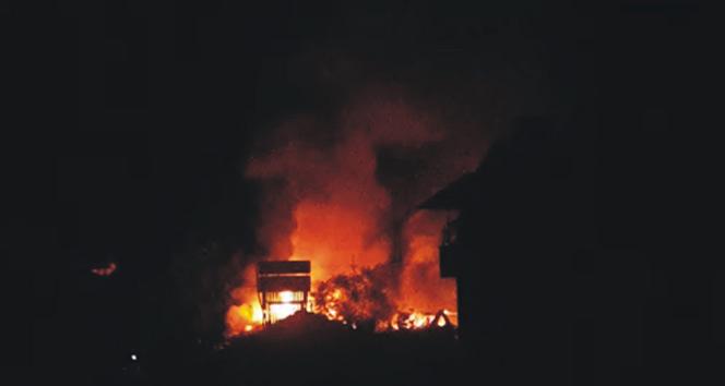 Tüp patladı, 4 ev alev alev yandı