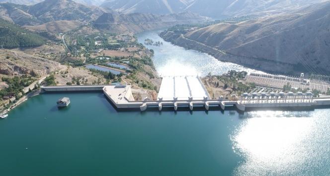 15 yıl sonra ilk yaşanmıştı, 6 milyar metreküp su tahliye edildi kapaklar kapandı
