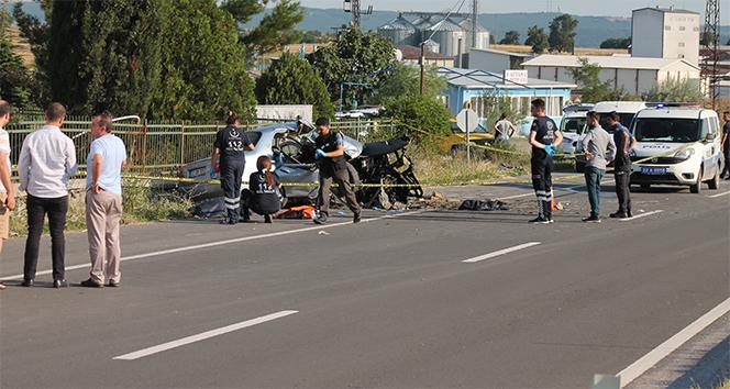 Uzunköprü'de trafik kazası: 4 ölü, 2 yaralı