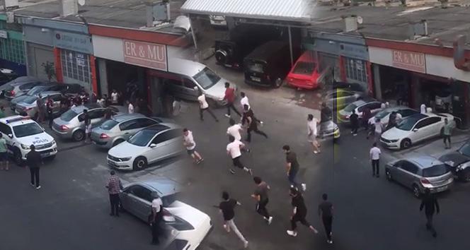 Maslak'ta elleri sopalı bir grubun iş yerini basma anı kamerada