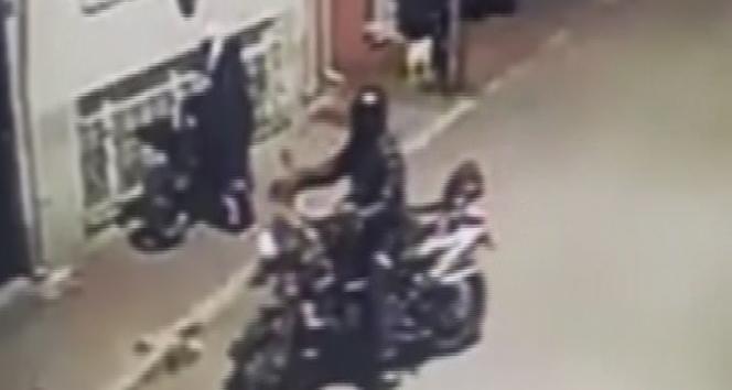 Üsküdar'da 28 saniyede motosiklet hırsızlığı kamerada