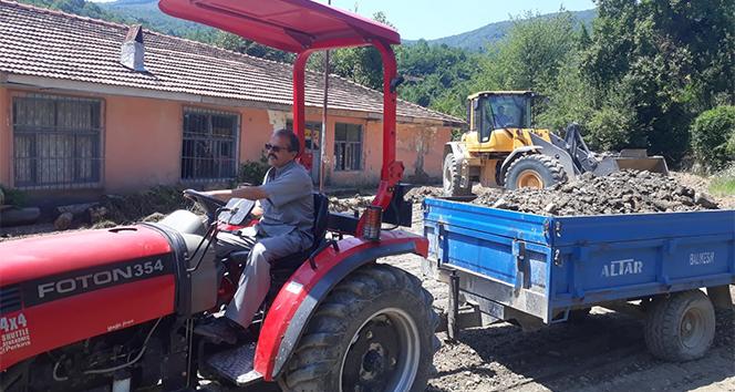 Atıl durumdaki köy okulunda çalışmalar aralıksız sürüyor