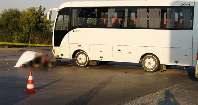 Çanakkale'de otobüs ile motosiklet çarpıştı: 1 ölü