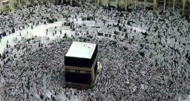 Mekke'de Kurban Bayramı Namazı kılındı