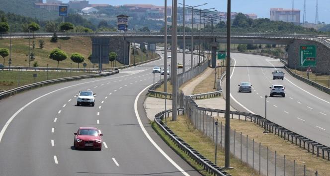 TEM'in Bolu geçişinde bayram dönüşü trafiği rahat