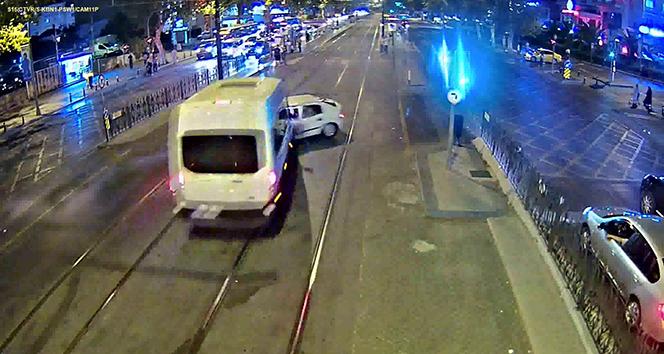 Tramvay yolundaki feci kazanın görüntüleri ortaya çıktı