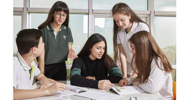 Doğa Koleji öğrencileri YKS'de ilk 10'da!