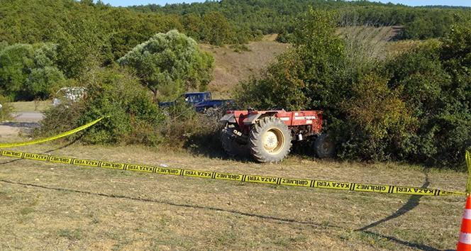 Devrilen traktörün altında kalan genç hayatını kaybetti