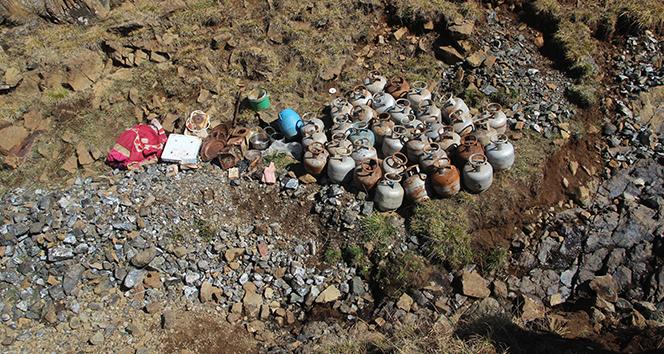 Ardahan'da terör örgütüne ait sığınak bulundu