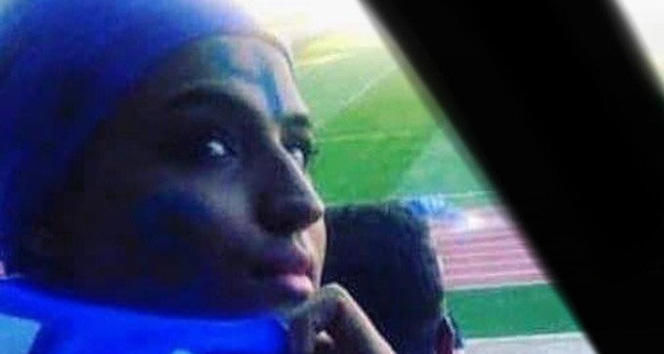 İranlı futbol taraftarı 'Mavi Kız' hayatını kaybetti