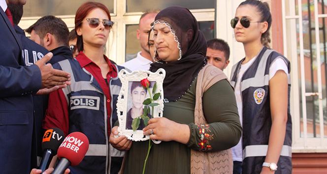 Eylem yapan ailelerle HDP'liler arasında gerginlik
