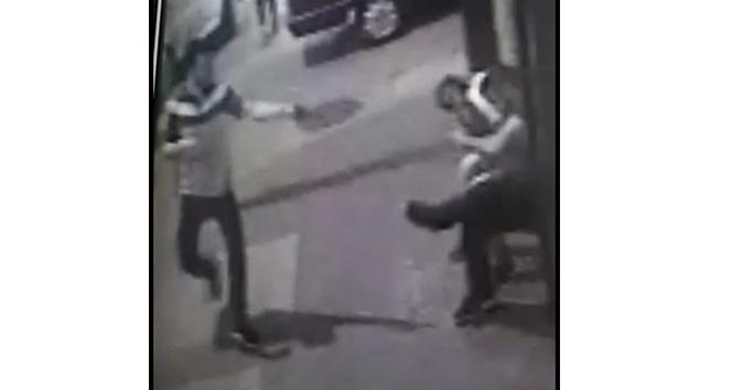 Çekirdek çitleyen arkadaşını vurdu, saklandığı evden cephanelik çıktı