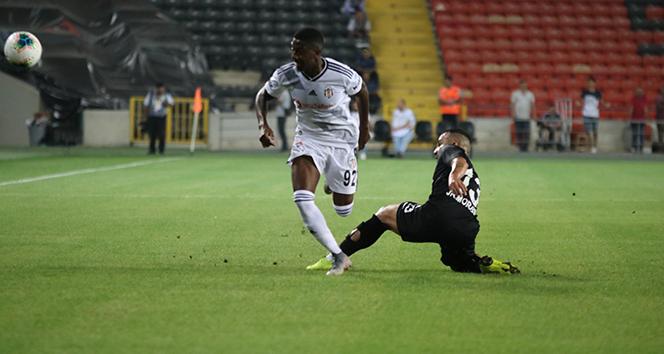 3 kırmızı kart 5 gol, 3 puanın sahibi Gazişehir