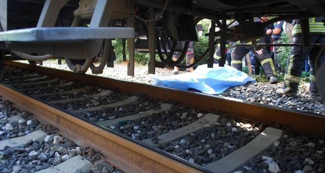 Trenin altında kalan şahıs öldü